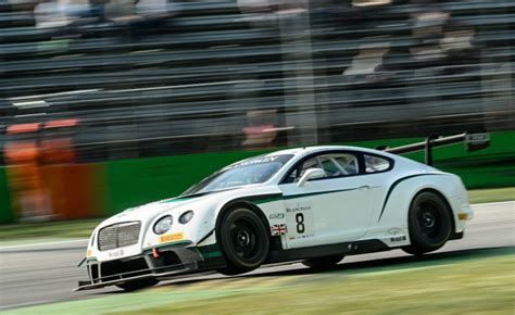 Six Amazing Photos Of Bentley's Continental Gt3 In Action