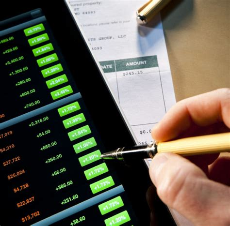 Online brokers cut fees and clients benefit: Roseman ...