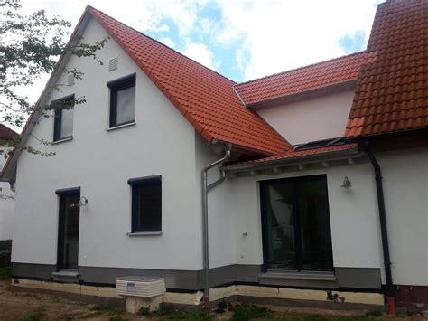 Zweifamilienhaus Als Anbau An Ein Bestehendes Wohnhaus In