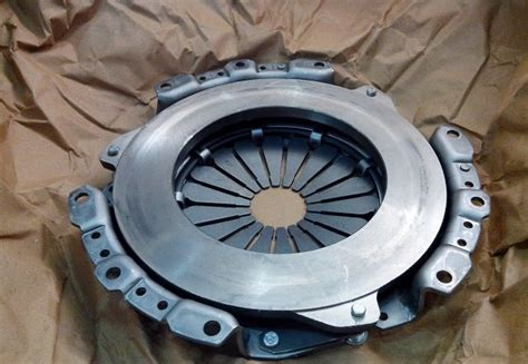 Construction Of Clutch Pressure Plate, Types And Operation