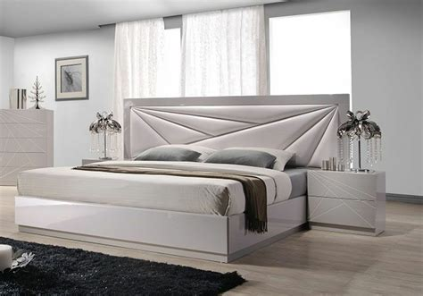Modern Platform Bed With Long Beige Leather Headboard