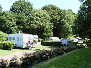 Camping Car Bretagne : location forfait camping car c tes d 39 armor camping des vallees bretagne saint brieuc ~ Medecine-chirurgie-esthetiques.com Avis de Voitures