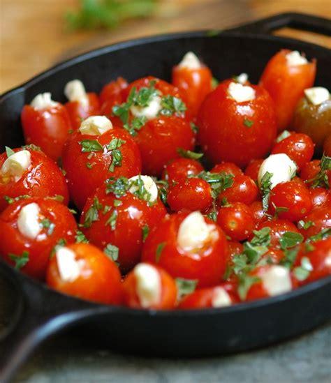 Garlic Roasted Cherry Tomatoes