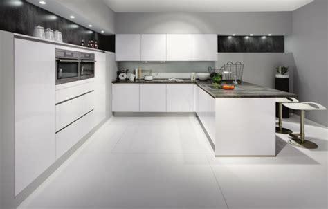 cuisine sol blanc la cuisine laquée une survivance ou un hit moderne