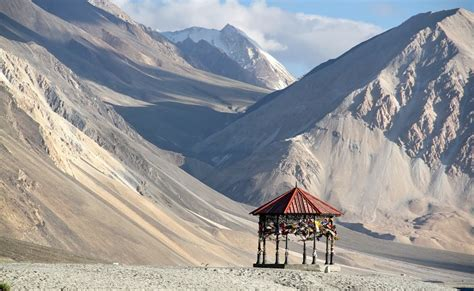 leh ladakh honeymoon package  mumbai thrillophilia