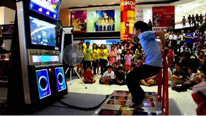 Dance Revolution Ddr Mall Giphy Middle Gifs