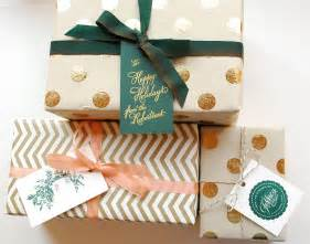 diy tutorial festive wrapping with holiday gift tags
