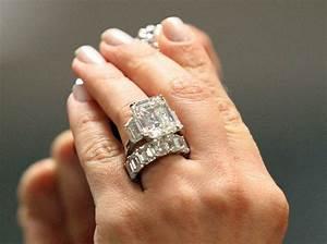 related keywords suggestions for kim kardashian With kim kardashian wedding ring