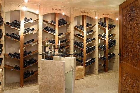 d 233 coration cave a vin