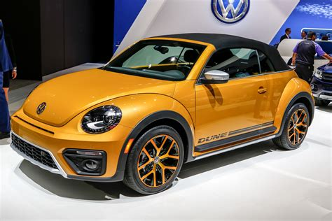 volkswagen beetle 2016 volkswagen beetle review and rating motor trend