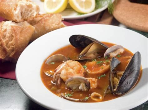 matelote de poissons french seafood stew cook