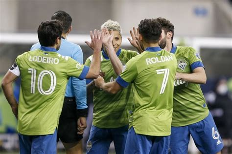 Sounders favored to repeat, but MLS playoffs wide open