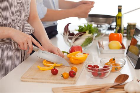 cuisine abc answer the kitchen 39 s call with a casual cookery course
