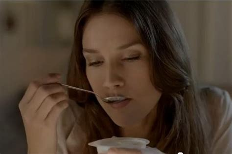 si鑒e social danone arte dello yogurt di danone on air con lo spot di rubicam engage it