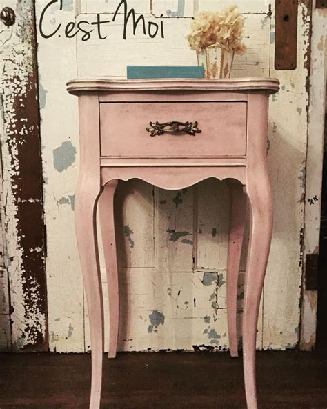 pretty  pink antoinette chalk paint clear wax