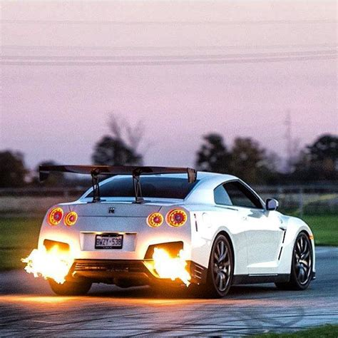 Gtr Shooting Flames Wallpaper by 269 Best Images About Cars For On 1969