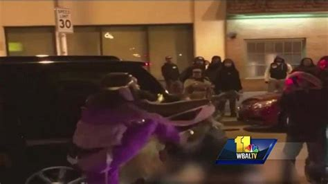 Fells Point Halloween Pictures by Violence Erupts In Fells Point On Halloween Wbal Radio