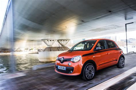 renault twingo take a detailed look at new renault twingo gt in mega