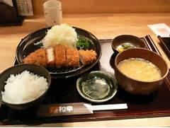 File:Tonkatsu set by zezebono in Sapporo, Hokkaido.jpg - Wikipedia