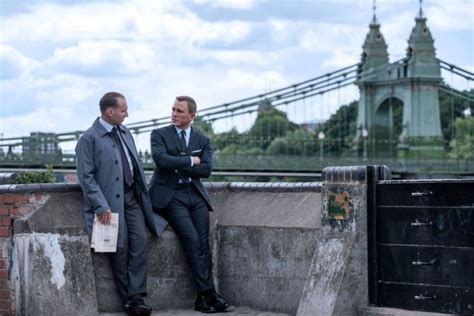 Bond and M have secret meeting in new 'No Time To Die' pic