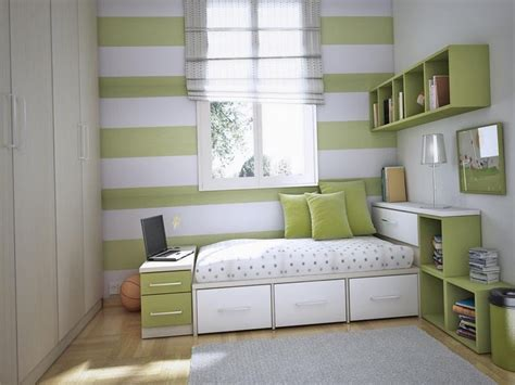 Storage Solutions For Small Bedrooms by Bed Solutions For Small Bedrooms Bedroom Storage Ideas