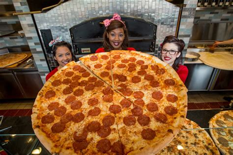 planet cuisine pin up pizza at planet the slice bestofvegas com