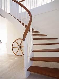 Treppenrenovierung Offene Treppe : die besten 25 treppe renovieren ideen auf pinterest ~ Articles-book.com Haus und Dekorationen