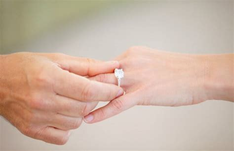 how to sell a wedding ring and after divorce centsai