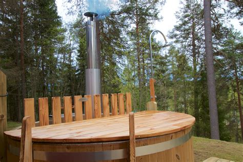traum ferienhaeuser  nordschweden sauna badtunna