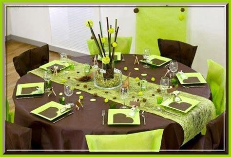 139) Dresser Une Table