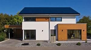 Holzfassade Streichen Preis : fassadengestaltung einfamilienhaus modern satteldach haus deko ideen ~ Markanthonyermac.com Haus und Dekorationen