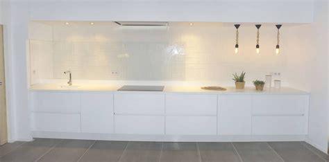 cuisine ikea blanc laqué meuble cuisine blanc laqué coin de la maison
