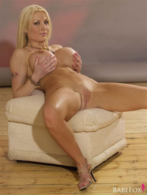 Mature Blonde Milf Kelly Bell With Plump Pussy Wearing