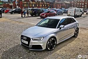 Audi Rs3 Sportback : audi rs3 sportback 8v 16 january 2017 autogespot ~ Nature-et-papiers.com Idées de Décoration
