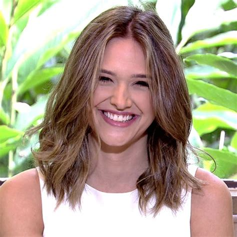 Medium Hairstyles And Haircuts For Women 20182019 Page