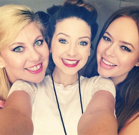 Zoella And Louise Pentland Friendship Louise Sprinkleofglitter Zoe Zoella And Tan