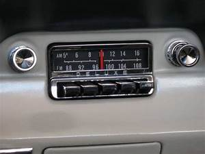 1965 Ford Mustang Original Radio