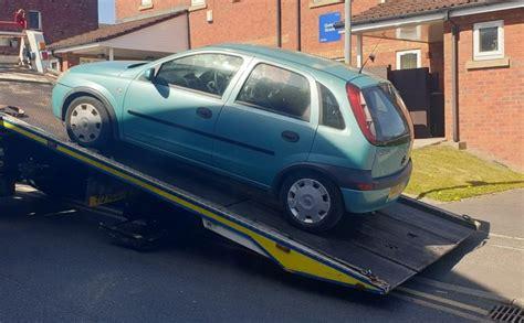 mobil  diduga meluncur  bolton ditemukan oleh polisi
