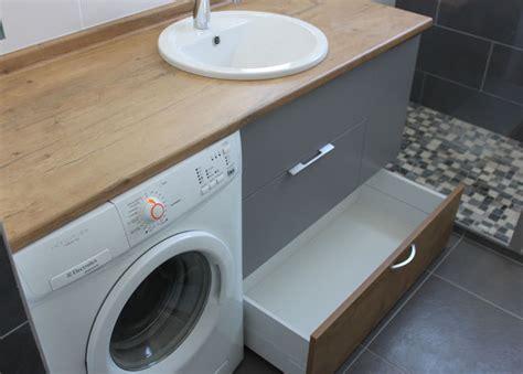 meuble cuisine sous evier agencement d 39 une salle de bain avec un lave linge