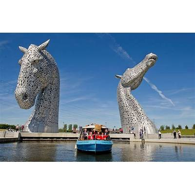 The Kelpies welcome 15000th boat passenger - Scottish Canals