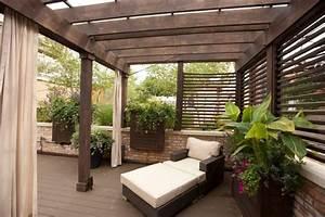 Gemuliche gut abgeschirmte sitzecke auf der terrasse for Sitzecke terrasse