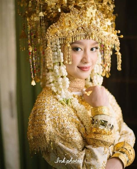 pin oleh fitriya soleha  weddingmemories