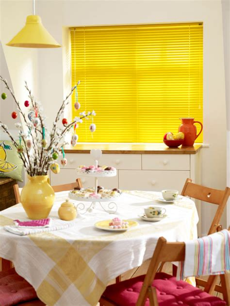 Blinds 2 Go by How To Clean Your Venetian Blinds Blinds 2go
