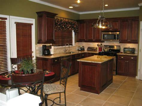 Brandywine Maple Kitchen Cabinets   RTA Cabinet Store