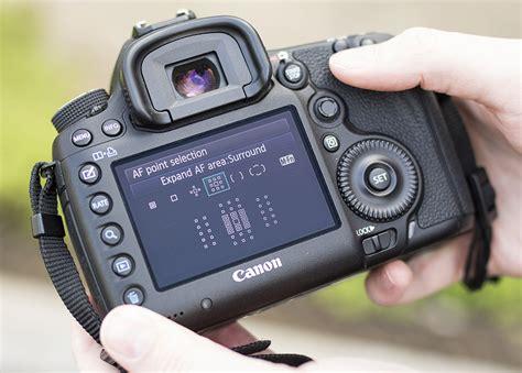 master  camera shooting portraiture   canon eos