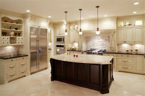 11 luxurious traditional kitchens 25 of our best traditional kitchen designs fantastic