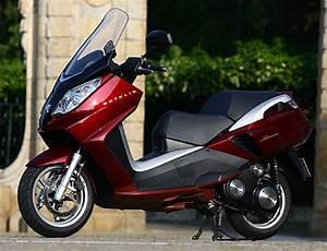 Scooter Peugeot Satelis 125 : peugeot satelis 125 compressor ~ Maxctalentgroup.com Avis de Voitures