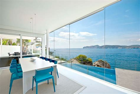 floor  ceiling glass windows design ideas building