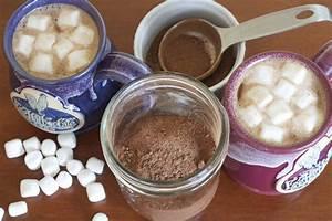 Homemade Hot Chocolate Mix Recipe - MakeBetterFood.com