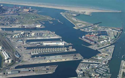 le port de dunkerque dunkerque le poids 233 conomique de la place portuaire mer et marine